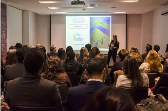 Éxito en la reunión de la Asoc. de Antiguos Alumnos IMF en Colombia